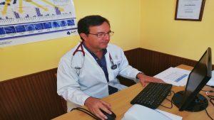 Dr cabrera en consulta 300x169 - Bienvenida