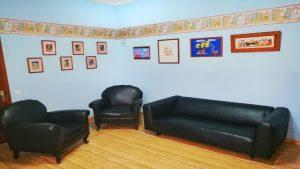 Sala de espera 2 300x169 - Bienvenida